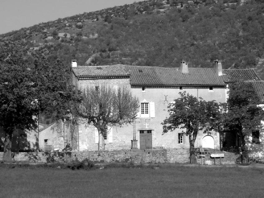 vissec_chateau.jpg