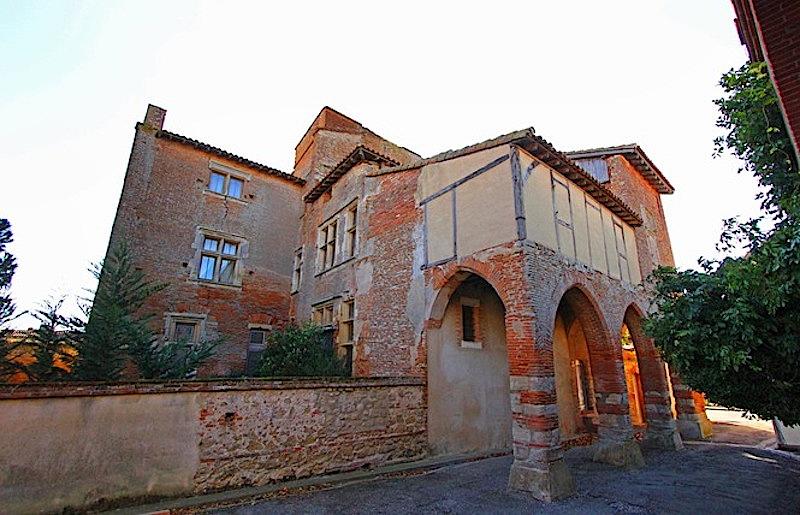 montgeard_chateau.jpg