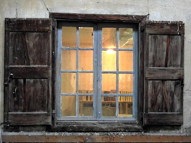 A mirepoix la ville photographi e m moire vagabonde 2 for Histoire de la fenetre