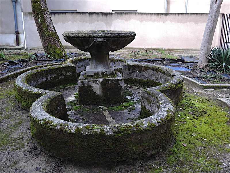 trinitaires_fontaine1