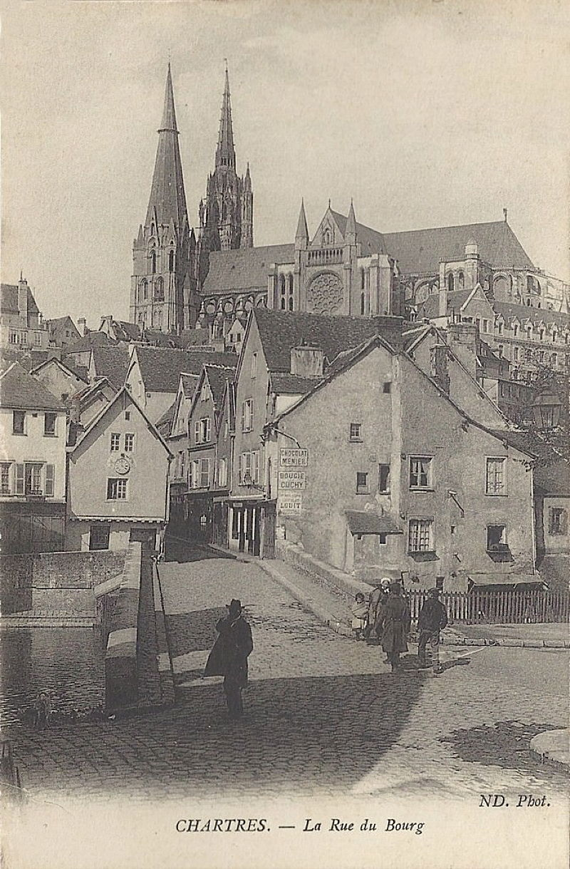 chartres_rue_bourg.jpg